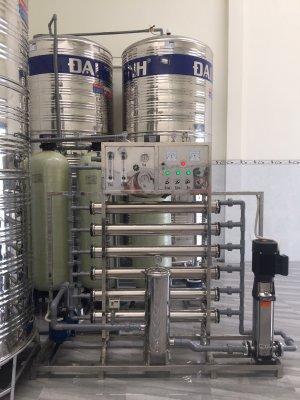 Dây chuyền lọc nước, hệ thống lọc nước đóng bình lắp đặt tại Liên khu 5-6, Bình Hưng Hòa B, Bình Tân TP HCM
